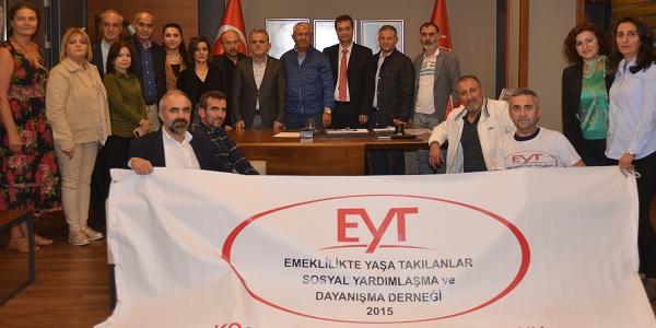 Photo of CHP Kocaeli il örgütü EYT Büyük Kurultayına katılacak