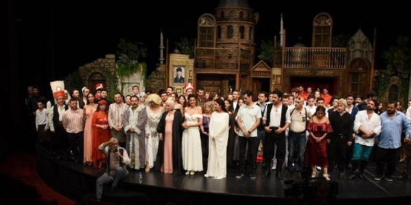 Photo of Türkiyenin en büyüğü 'Pera Müzikali' seyircisiyle buluşacak