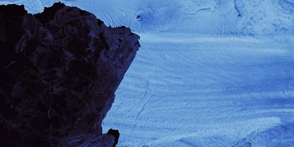 Photo of Antarktika buzulları erirken yeni çatlaklar oluştu