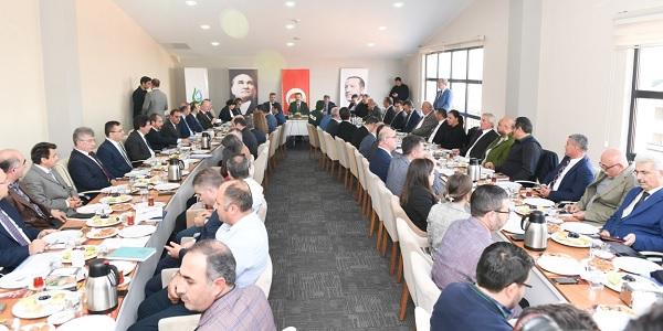 Photo of Kocaeli Valisi Hüseyin Aksoy Çayırova Muhtarlarıyla buluştu