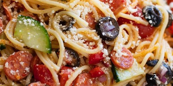 Photo of Basit İtalyan Spagetti Makarna Salatası ve Spagetti Salatası