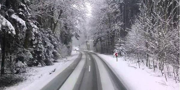 Karlı ve buzlu yollarda Güvenli Sürüş Teknikleri
