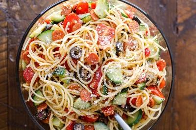 Spagetti Salatası