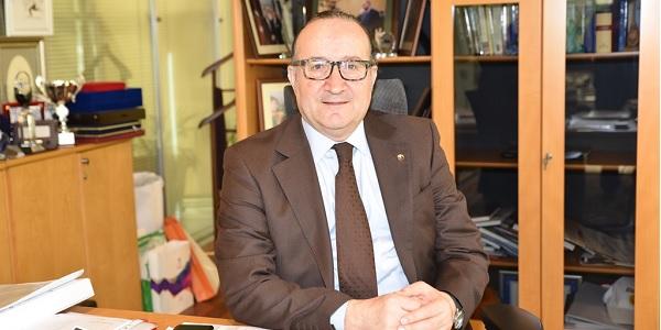 Photo of Zeytinoğlu 2019 üçüncü çeyreğine ilişkin büyüme rakamını değerlendirdi