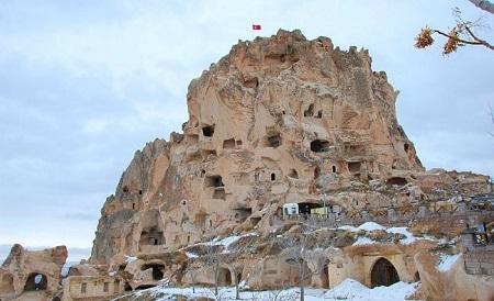 Uçhisar-Kapadokya-Türkiye'de gezilecek yerler-uçhisar kalesi