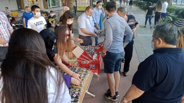 Photo of CHP İzmit'li gençlerden anlam yüklü önemli etkinlik