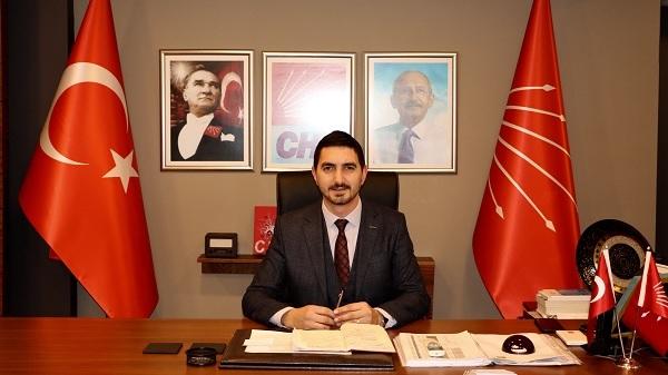 """Photo of Gençtürk: """"birileri yıllarca vatandaşı saltanatlarına sponsor yaptı"""""""