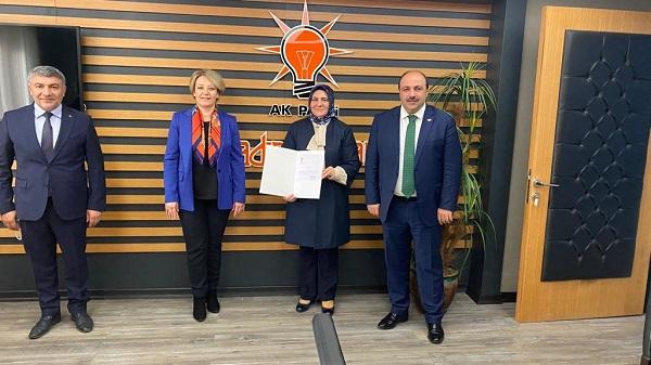 Photo of Gülay Artut AK Parti Dilovası Kadın Kolları Başkanlığına atandı