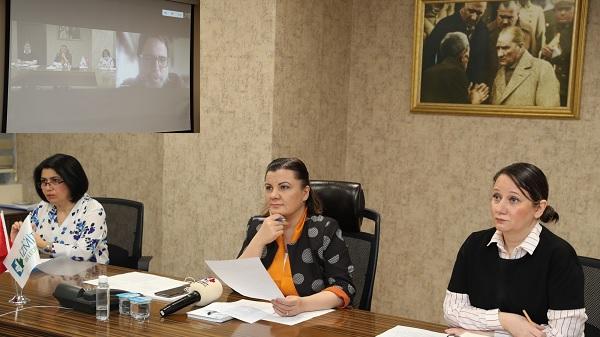 Photo of İzmitçarşısı.org'da dükkanlar açılışa hazırlanıyor