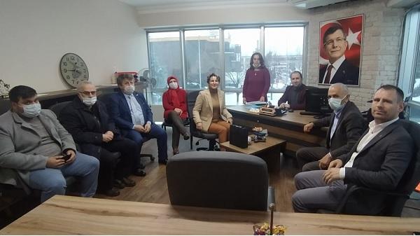Photo of Gelecek Partisi İzmit İyi Parti İzmit'i ağırladı